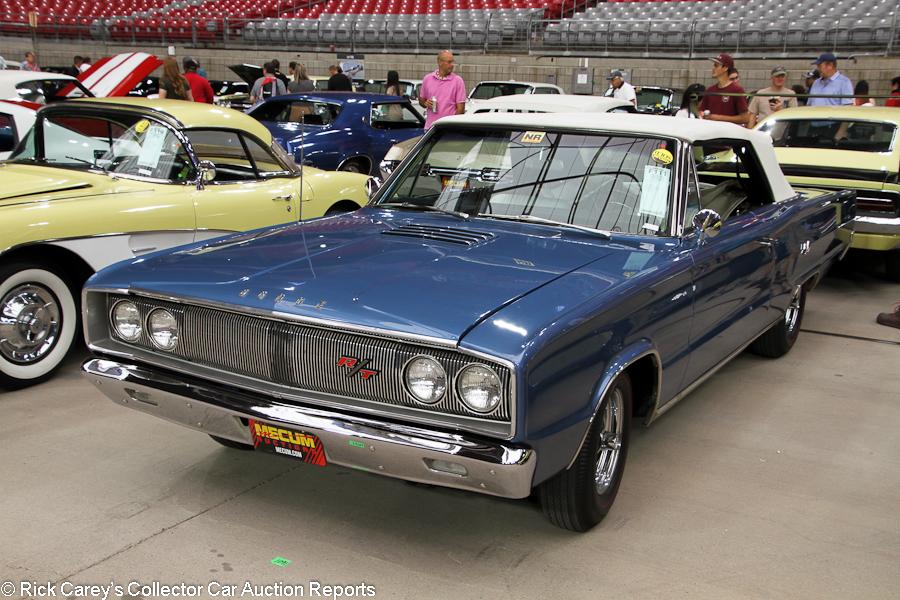 MecumPhoenix2019_IMG5335_F111_Dodge_1967_Coronet_Convertible_WS27L77177284__900.jpg